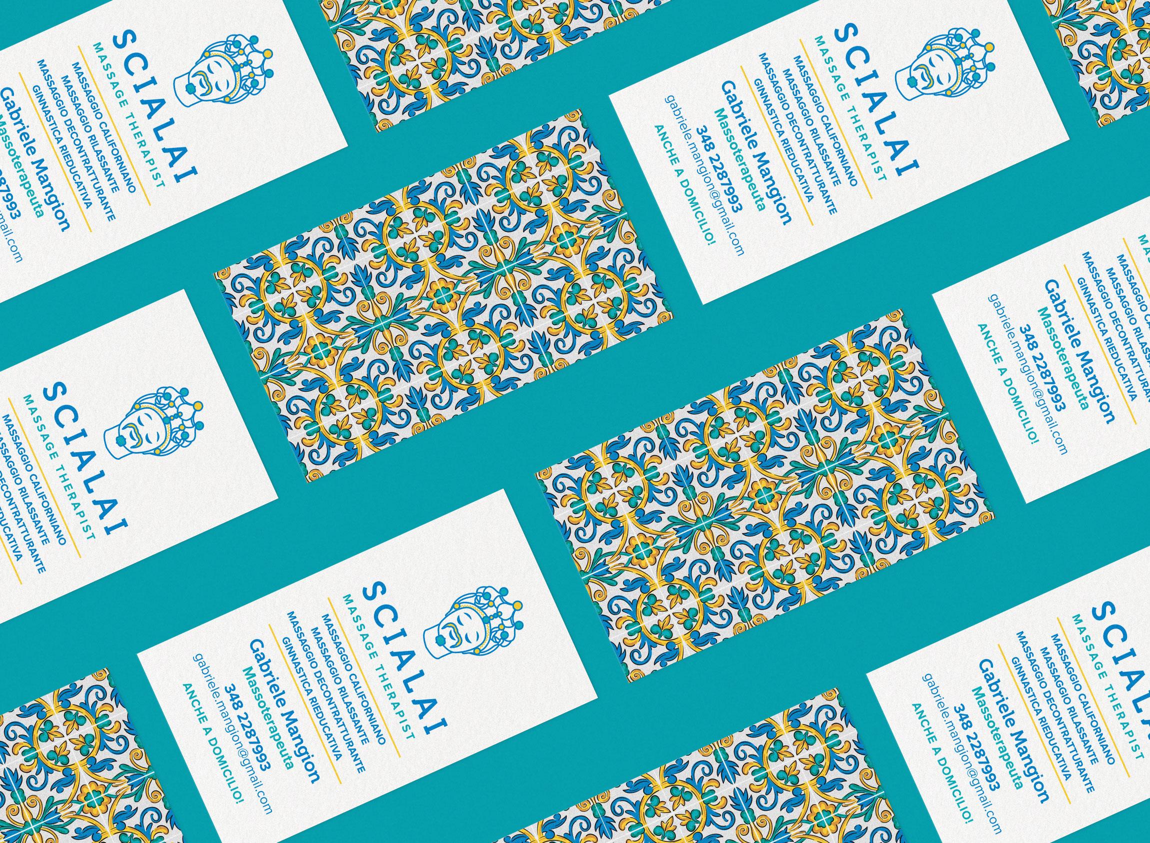 Scialai Business card isometric con pattern siciliano su sfondo giallo